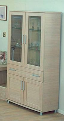 Ben Company Sonia Light Oak 2 Door Vitrine