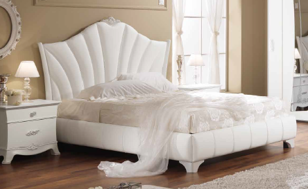 Saltarelli Giulia White Upholstered Bed Without Storage.