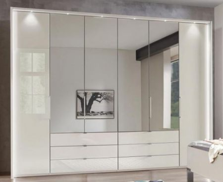WIEMANN Kansas 6 Door Wardrobe with Outer doors hinged, bi-fold doors with automatic door opening in Champagne Finish with 4 Mirrored Doors.