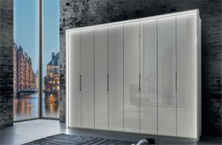 Weimann Monaco Wardrobes with bi-fold doors with Handles in chrome