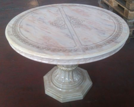 Ben Company Betty Beige Onyx Round Dining Table