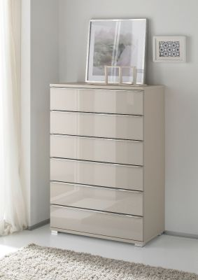 STAUD Rubin 6 Drawer Chest with Decor Sand Body and Front in Sand Glass.