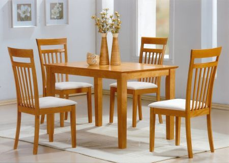 Shaker Beech Set With 4 Chairs